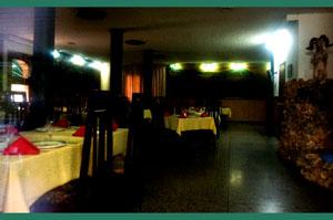 レストラン内部-3
